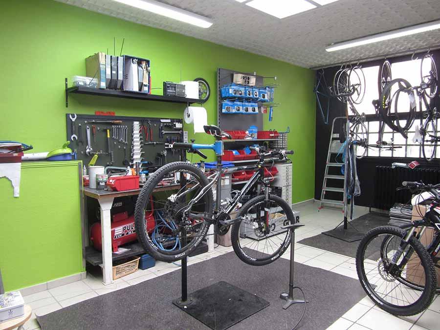 Entretien et réparation de vélos aux Cycles des olonnes